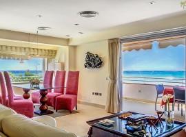 Стильная резиденция на первой линии океана